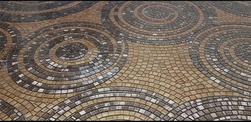 Mosaik Am Bau: Künstlerisches Mosaik
